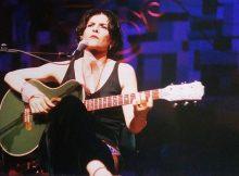 MARINA LIMA NO DIRECTV MUSIC HALL (2003) - FOTO BY REVISTA ELETRICIDADE (VALERIA MARAVIGLIA)