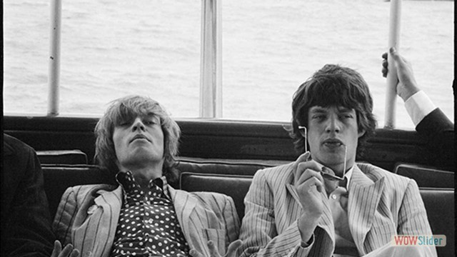Com Brian Jones, em 1968, foto de Linda McCartney